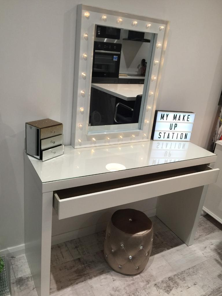 Hollywood Mirror Dressing Table In Waterlooville