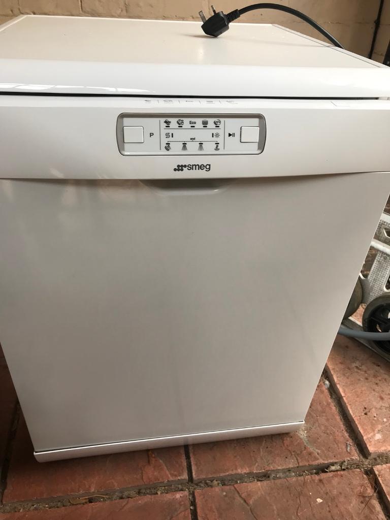 Dishwasher SMEG DFD613W