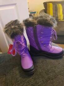 Purple snow boots