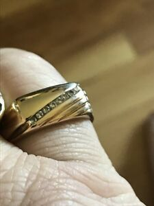 Gents gold and diamond ring