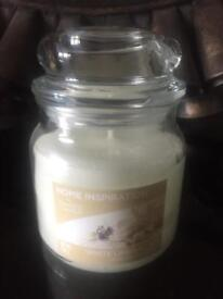 Yankee candle Home inspiration white linen and lace medium brand new