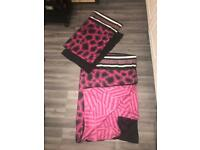 Single bedding sets x2