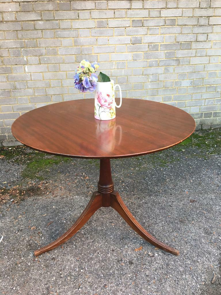 SMALL ROUND TABLE FREE DELIVERY VINTAGE