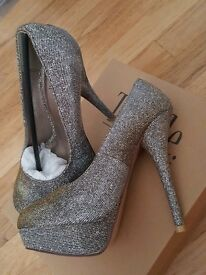 Ladies glitter heels. Brand new