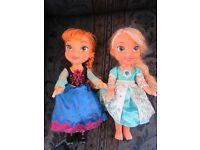 Disney Snow Glow Anna Elsa Singing Light up Dolls