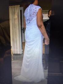 Gorgeous white wedding dress size 16