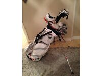 Taylormade r11s right handed golf clubs