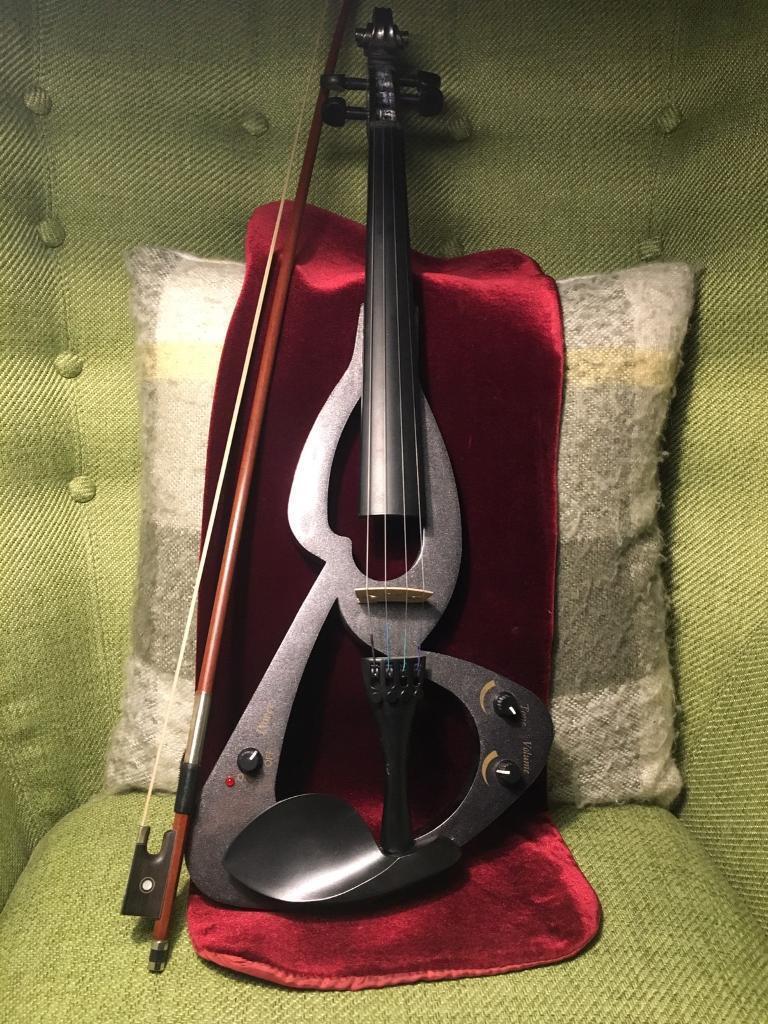 Electric/silent violin