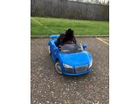 Ride on car Audi R8