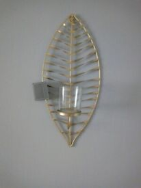 NEW GOLD WALL LEAF DESIGN CANDLE BOLDER PURCHASED FROM GALLETLY &TUBBS £60.00.