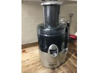 Juicer For Sale - Magimix Le Duo Plus XL - Almost New