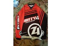 Thirthy4 race gear red