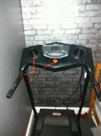 Brand New Dynamix Motorised Treadmill With Safety Clip
