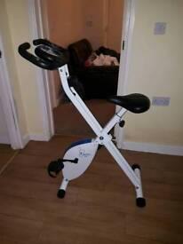 Davina exercise bike like new