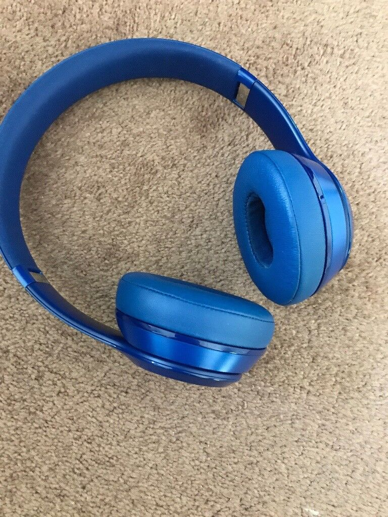 Beats by Dr. Dre Solo2 Headband Headphones - Gloss Blue (wired)