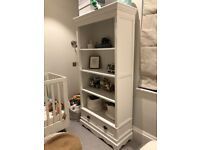 White Nursery Shelf or Bookcase with drawers - Excellent Quality, in perfect state