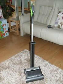 G Tech Air Ram K9 cordless vaccuum cleaner specially for pet hair. Immaculate condition.