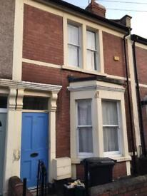 Double room in friendly house share of 3