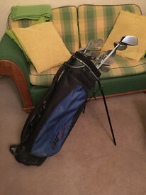 Set of 13 Peter Alliss golf clubs with bag