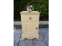 BEAUTIFUL SOLID PINE POT CUPBOARD / BEDSIDE CABINET- HAND PAINTED ANNIE SLOAN