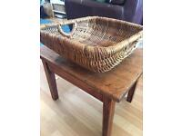 Vintage country trug/whicker basket