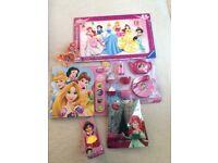 Disney Princesses, Snow White, Ariel