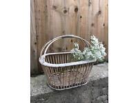 Vintage gardening basket est 1950s wicker