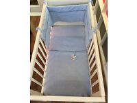 Crib bedding set (used) lovely condition (blue)