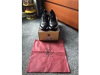 SIZE 8 LV TRAINERS