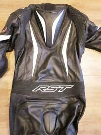 Motorcycle uniform