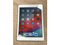 APPLE IPAD AIR 16GB WHITE WIFI IOS 12 with charger - GREAT CONDITION CAN DELIVER