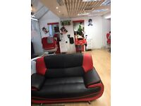 Barber urgently required- Woking town center, Surrey