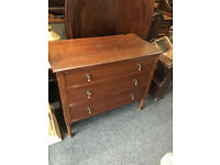 Lovely Antique Victorian Solid Wood 3 Drawer Chest of Drawers/ Dresser