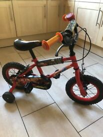 Child bike (lightning McQueen) with stablisers