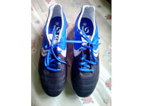 Sondico Football Boots Size 11.5 With 3 Pairs of Football Socks