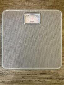 Salter weighing balance