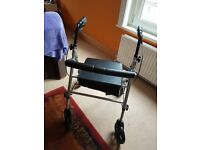 Z-Tec lite Rollator. 4 wheels with brakes. Underseat bag with backrest.