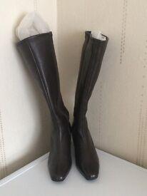 Ladies brand new no box knee high boots