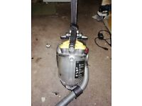 Dyson DC19 T2 - Multifloor with accessories for SPARES or REPAIR