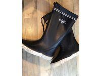 Henri Lloyd deck boots size 8 (41)