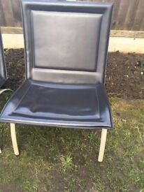 2 Italian Black leather chairs in Very good condition