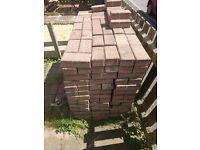 Approx 600 block paving bricks