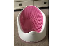 Angelcare bath support - Pink - Excellent condition - collect from E11