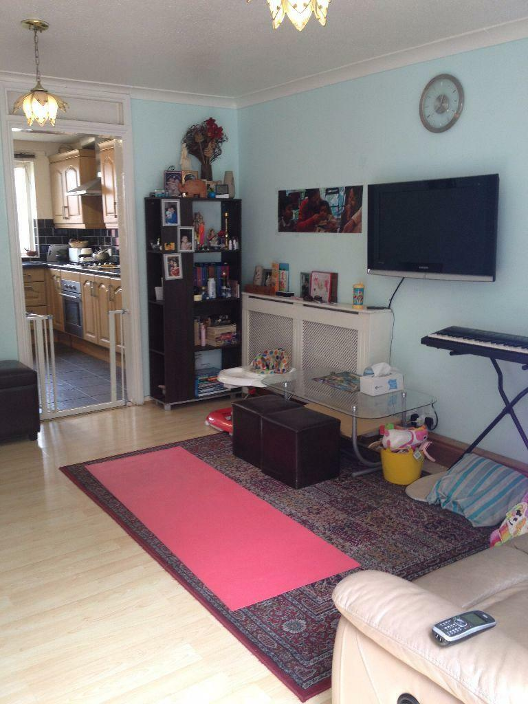 GROUND FLOOR 3 BED FLAT TO RENT IN STRATFORD! 5 MINS WALK TO MARYLAND STATION! FULLY FURNISHED!