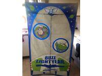 Buzz canvas wardrobe