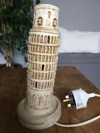 Leaning tower of Pisa table lamp
