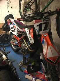 KTM 450 SXF - 3 hours use from new