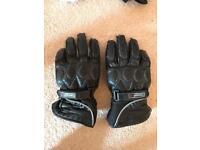 Thinsulate motor bike gloves - small