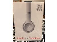 Beats Solo3 Wireless On-Ear Silver Headphones - Brand New Limited Edition