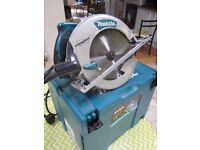 Makita 5008MGJ 210mm 240V circular saw in Macpac case, excellent condition